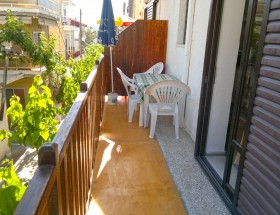 Nikos House balcony2